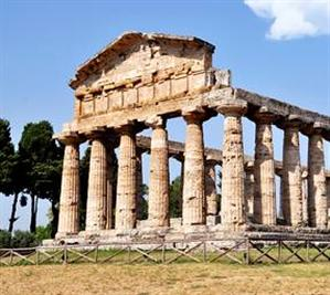 Holy temples in Paestum